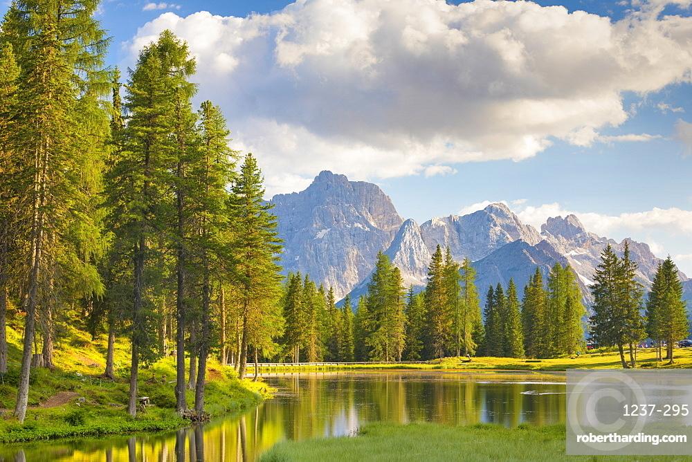 Lake Anturno, UNESCO World Heritage Site, Province of Belluno, Misurina, Veneto, Italy, Europe