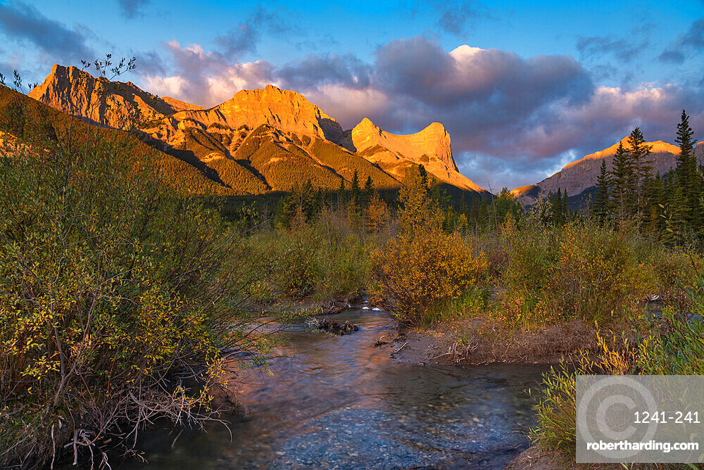 Sunrise and Alpenglow on Mount Lawrence Grassi and Ha Ling Peak in autumn, Canmore, Alberta, Canadian Rockies, Canada, North America
