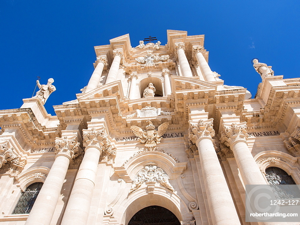 Syracuse Cathedral, Ortygia, Syracuse (Siracusa), UNESCO World Heritage Site, Sicily, Italy, Europe