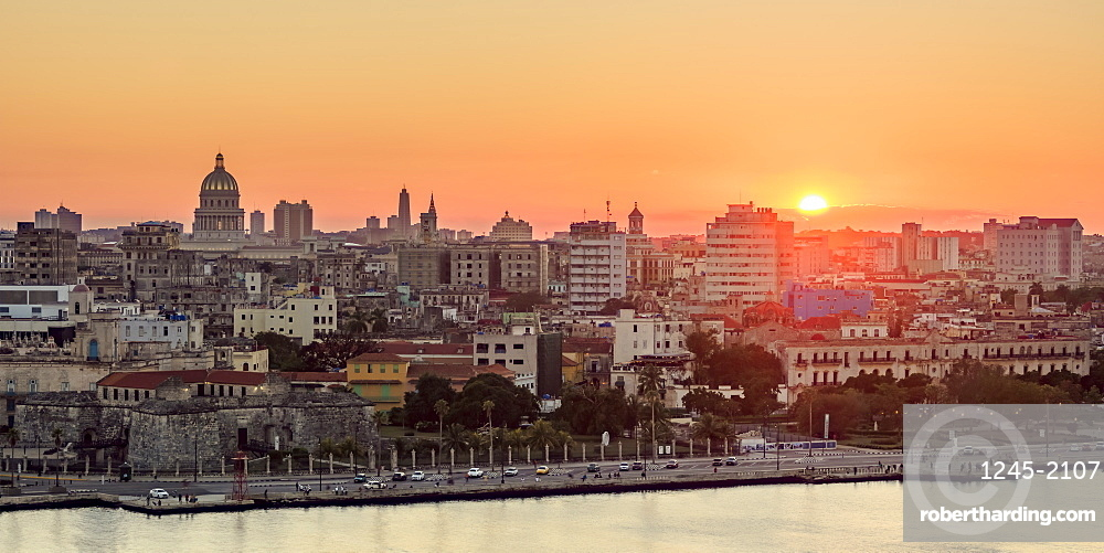 Habana Vieja at sunset, elevated view, Havana, La Habana Province, Cuba, West Indies, Central America