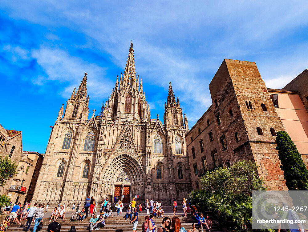 Cathedral of the Holy Cross and Saint Eulalia, Barcelona, Catalonia, Spain, Europe