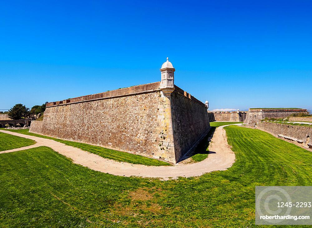 Castell de Sant Ferran (Sant Ferran Castle), a large military fortress, Figueres (Figueras), Catalonia, Spain, Europe
