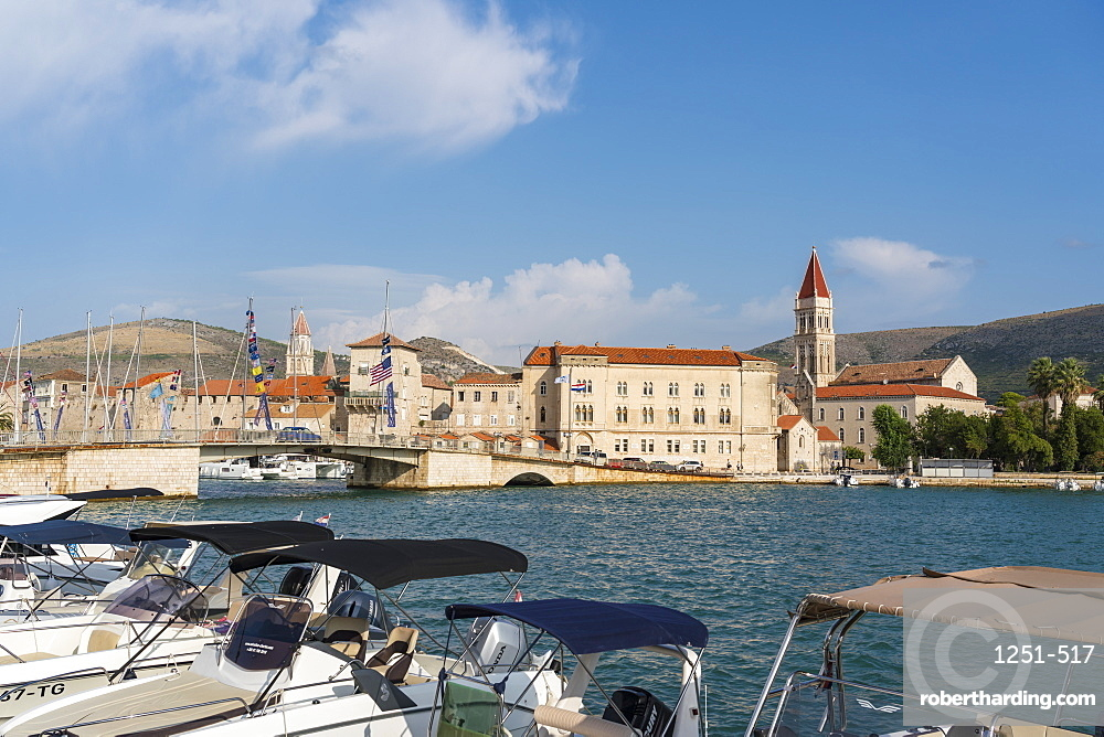 Boats and the bridge that connects the old town to the island of Ciovo, Trogir, Split-Dalmatia county, Croatia, Europe