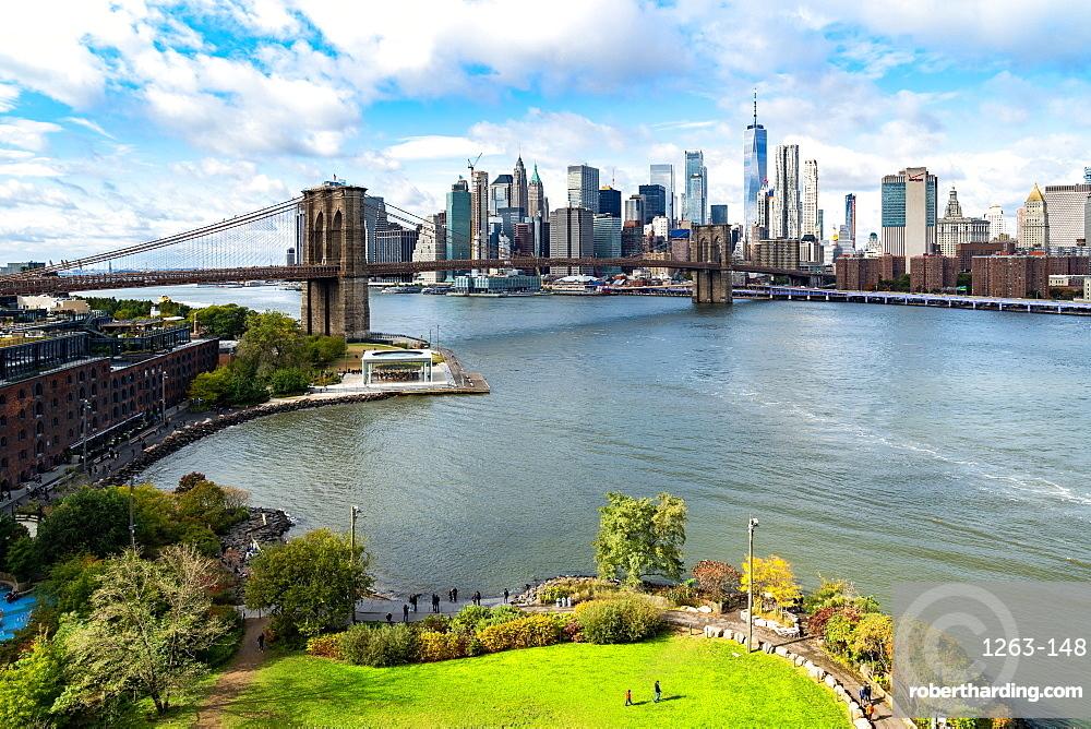 Brooklyn's Main Street Park, the East River, Brooklyn Bridge and Lower Manhattan, New York, United States of America, North America