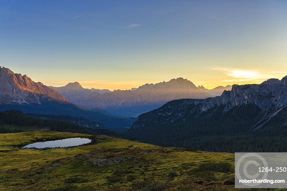 Giau Pass, Croda del Becco, and Cristallo at sunrise, Dolomites, Veneto, Italy, Europe