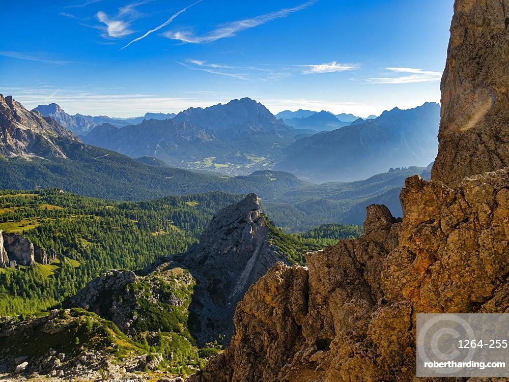 Giau Pass, Cortina d'Ampezzo and Cristallo at sunrise, Dolomites, Veneto, Italy, Europe
