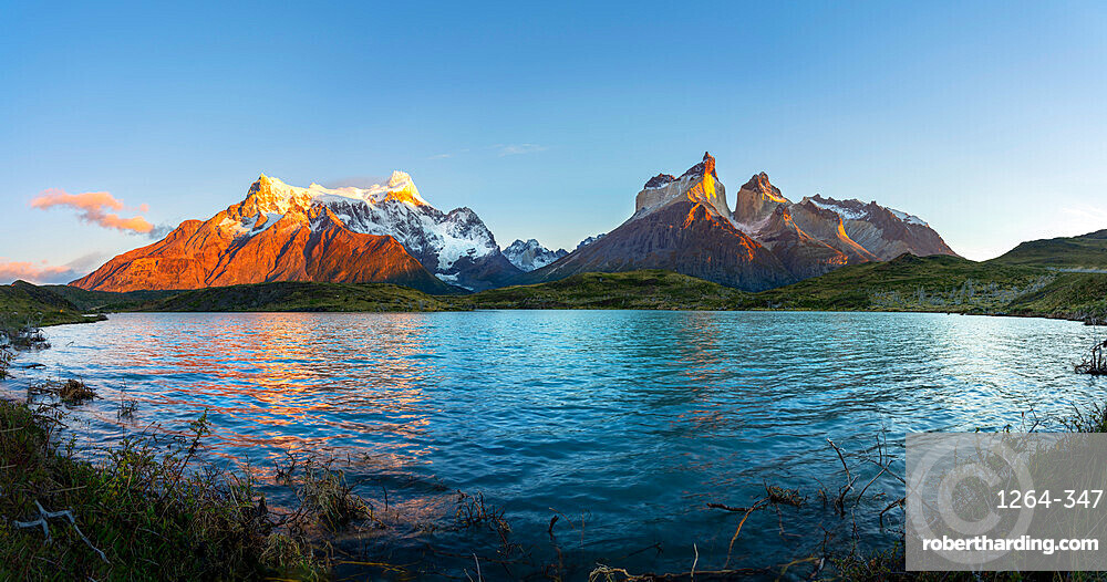 Lake Nordenskjold and Cerro Paine Grande at sunrise, Torres del Paine National Park, Ultima Esperanza Province, Magallanes and Chilean Antactica Region, Patagonia, Chile, South America