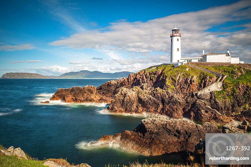 Seascape with Fanad Head lighthouse on County Donegal coast, Ulster region, Republic of Ireland, Europe
