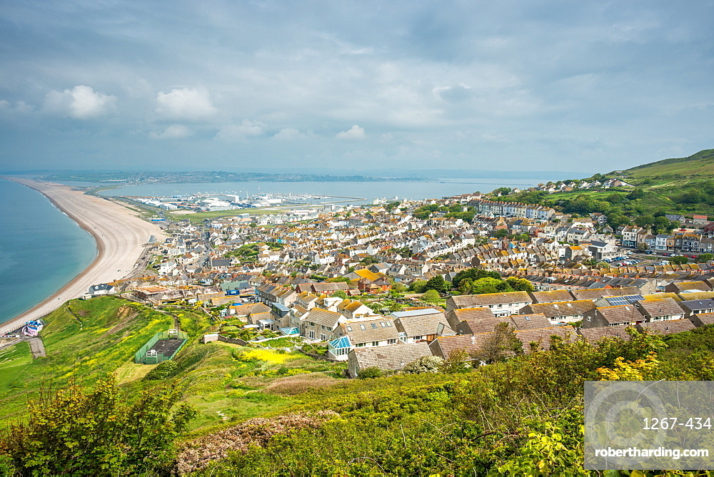 Fortuneswell and the Chesil Beach, seen from Portland Heights on the Isle of Portland, Jurassic Coast, UNESCO World Heritage Site, Dorset, England, United Kingdom, Europe