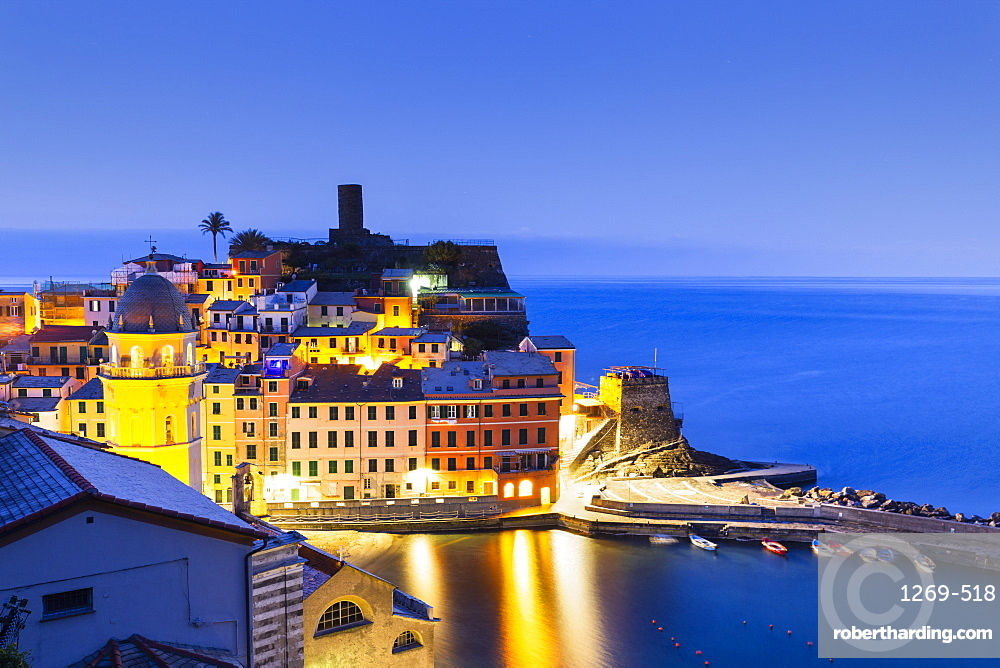 Village of Vernazza at dusk, Cinque Terre, UNESCO World Heritage Site, Liguria, Italy, Europe