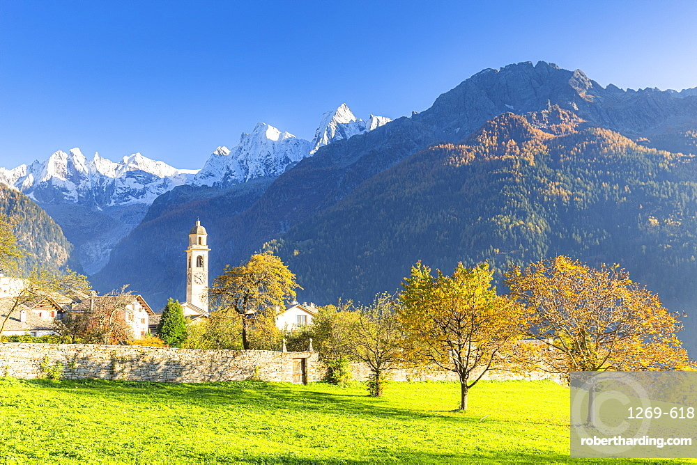 Traditional village of Soglio during autumn, Soglio, Bregaglia valley, Graubunden, Switzerland, Europe