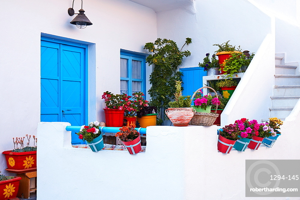Kooufonissi island house decoration with flower plants