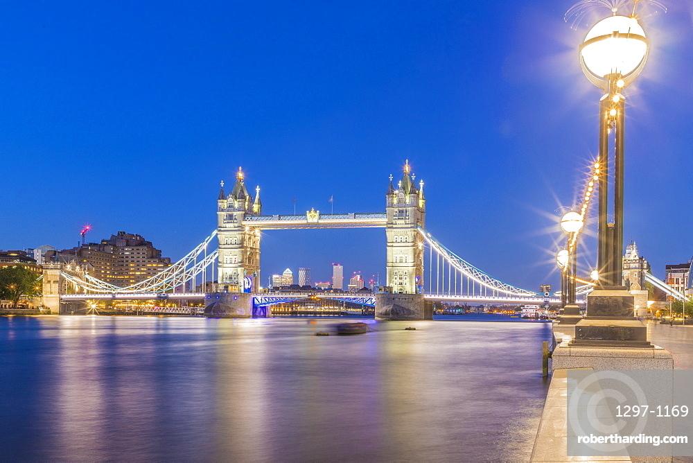 Tower Bridge and River Thames at night, London, England, United Kingdom, Europe