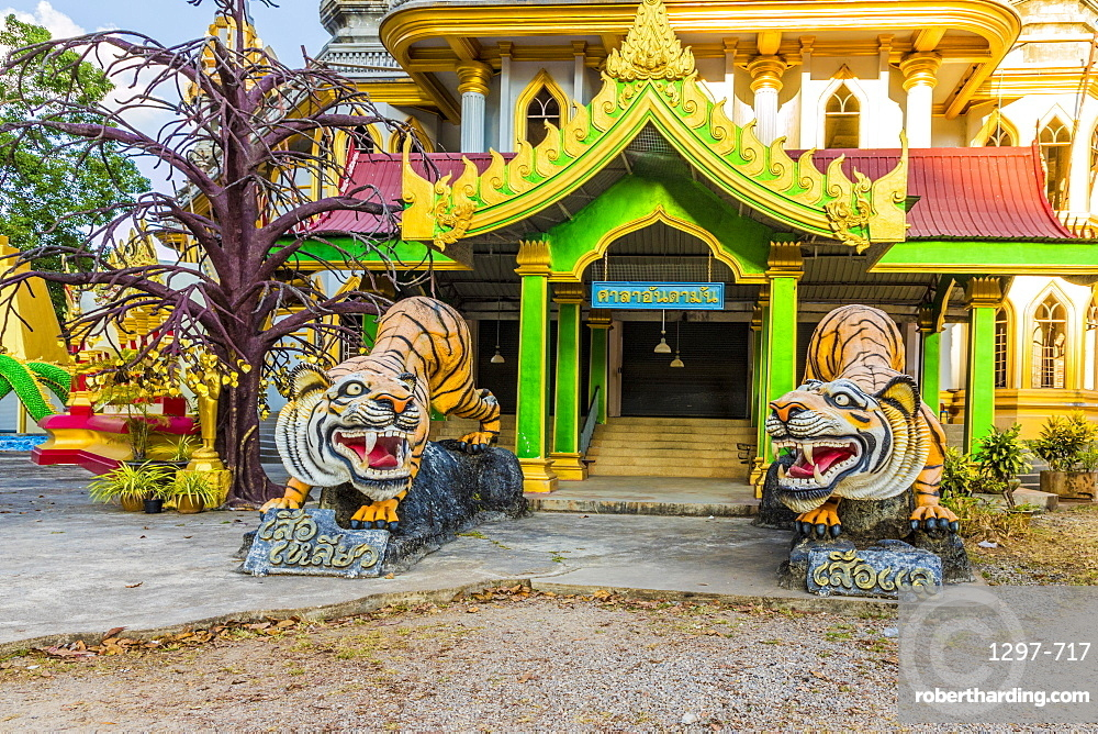 Tiger statues at the Tiger Cave Temple in Krabi, Thailand, Southeast Asia, Asia