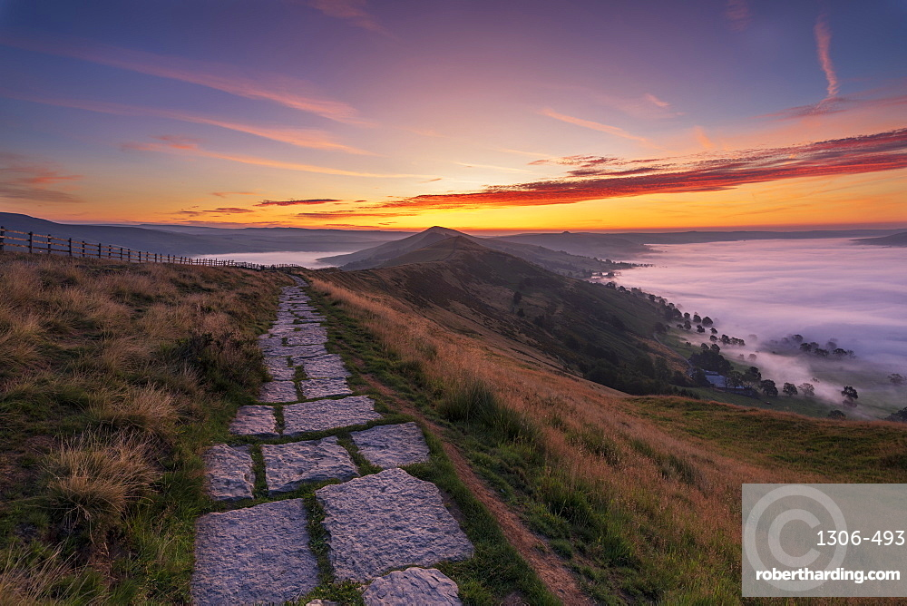 Cloud inversion with path leading to Lose Hill from Mam Tor, Derbyshire Peak District, Hope Valley, Derbyshire, England, United Kingdom, Europe