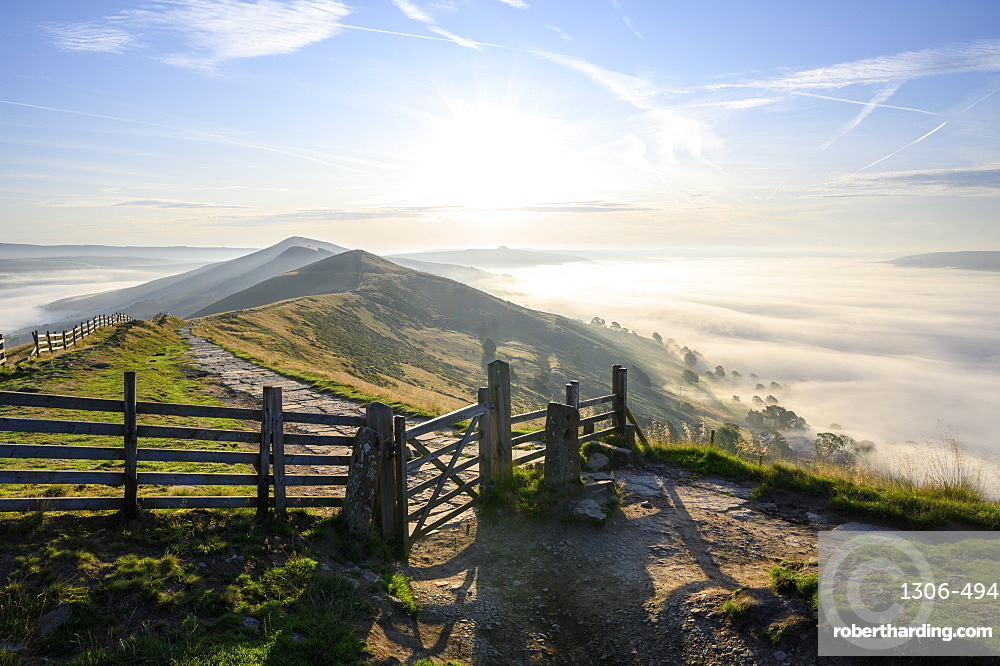 Hope Valley with cloud inversion, The Peak District National Park, Derbyshire, England, United Kingdom, Europe