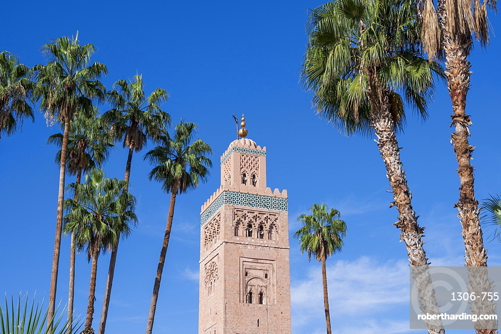 Koutoubia Mosque with palm trees, UNESCO World Heritage Site, Marrakech (Marrakesh), Morocco, North Africa, Africa