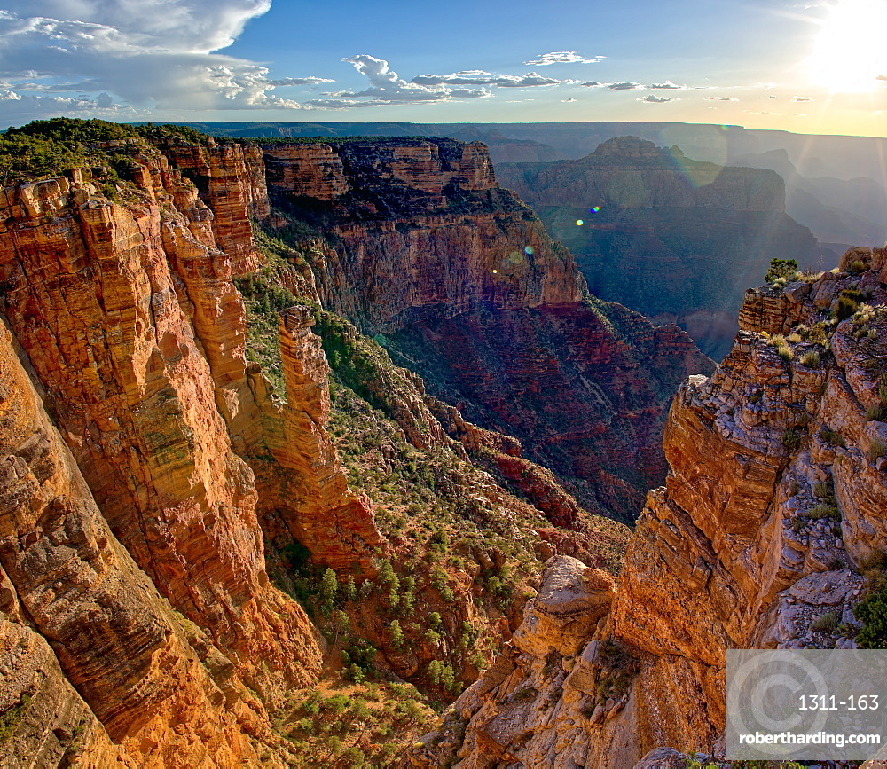 The Spire Abyss near Zuni Point on the south rim of the Grand Canyon near sundown, located a mile east of Moran Point, Grand Canyon National Park, UNESCO World Heritage Site, Arizona, United States of America, North America