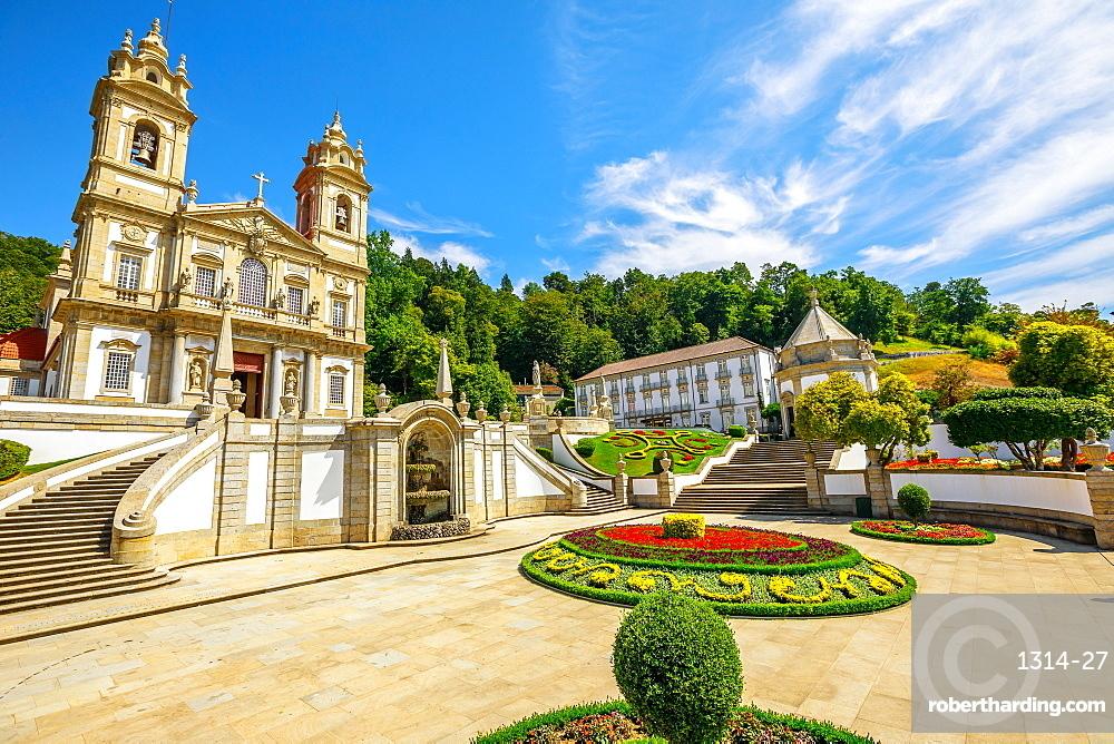 Historic Church (Basilica) of Bom Jesus do Monte and public garden, Tenoes, Braga, Minho, Portugal, Europe