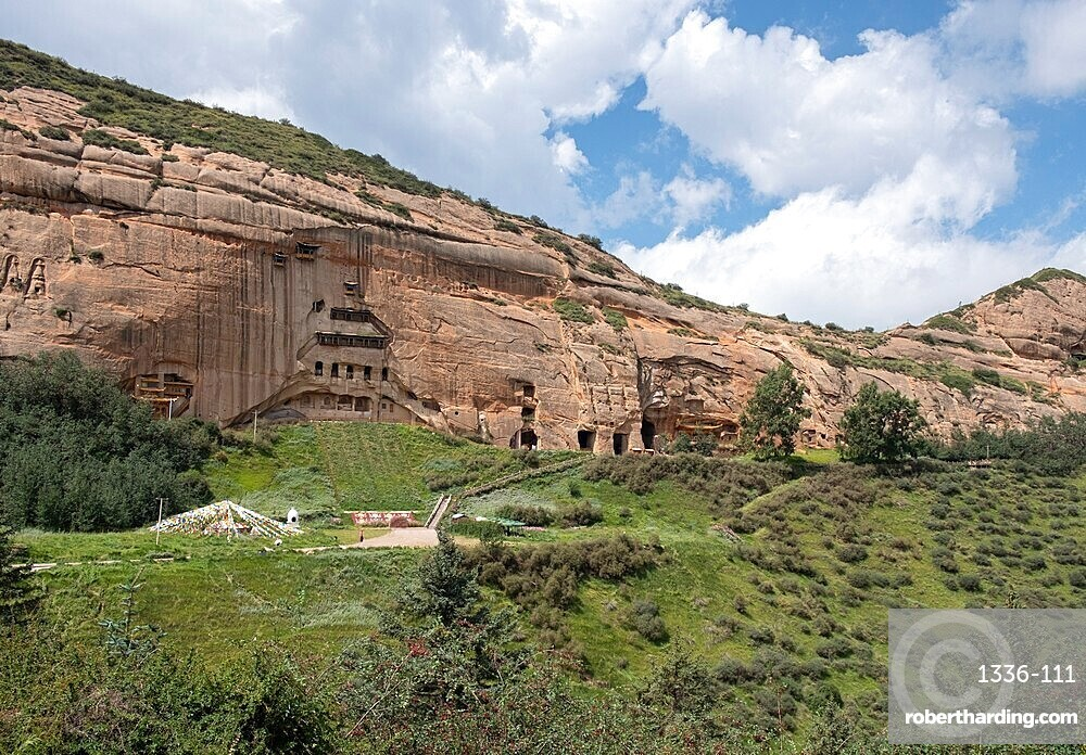 Mati temple grottos carved in the mountain and made up of narrow galleries, Gansu, China, Asia