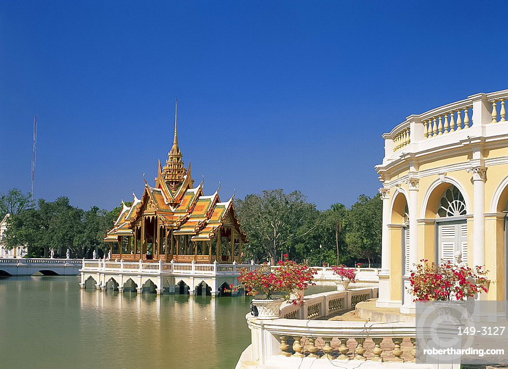 The Phra Thinang Aiswan Thipha-at pavilion at the summer palace at Bang Pa-in, Thailand, Southeast Asia, Asia