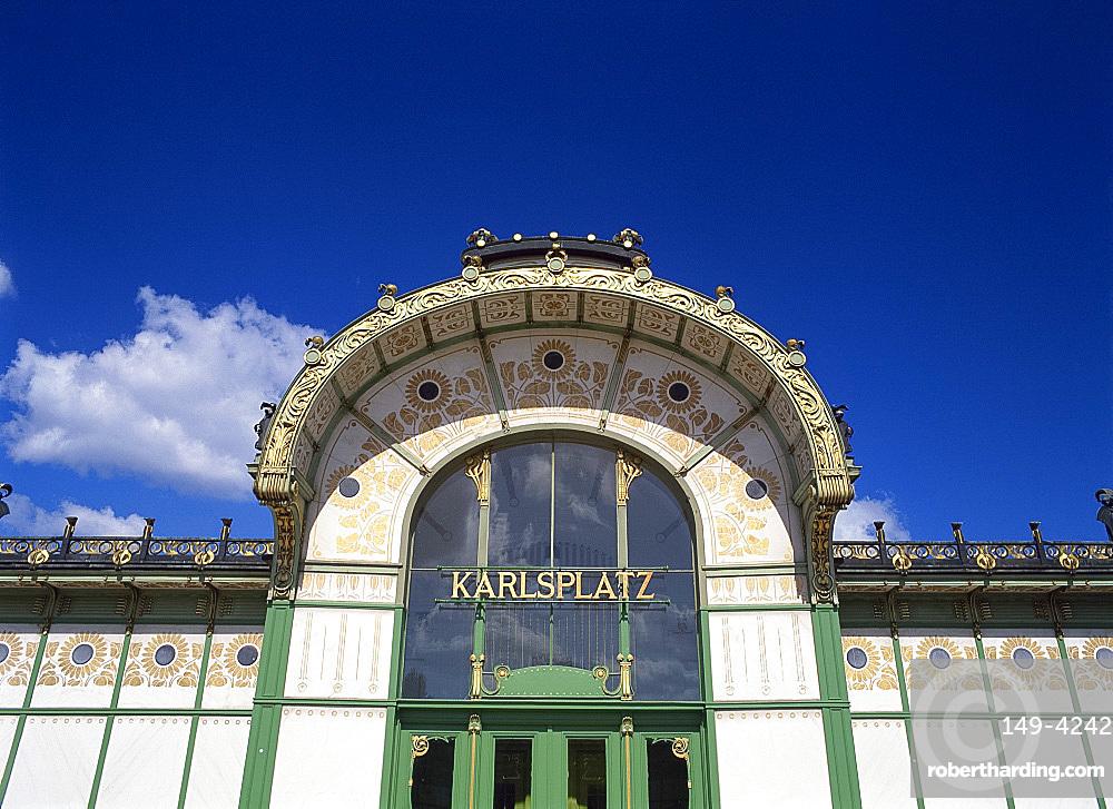 Karlsplatz Pavillion by Otto Wagner, Vienna, Austria, Europe