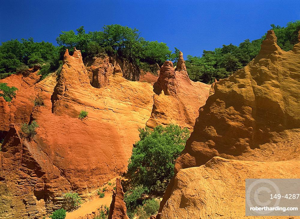 Ochre Cliffs, Rustrel, Vaucluse, France, Europe