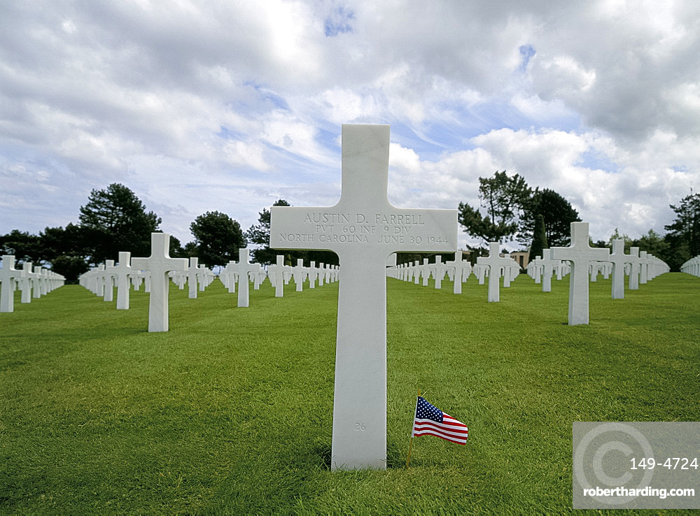 The American Cemetery, Omaha Beach, Colleville-sur-Mer, Normandy, France, Europe