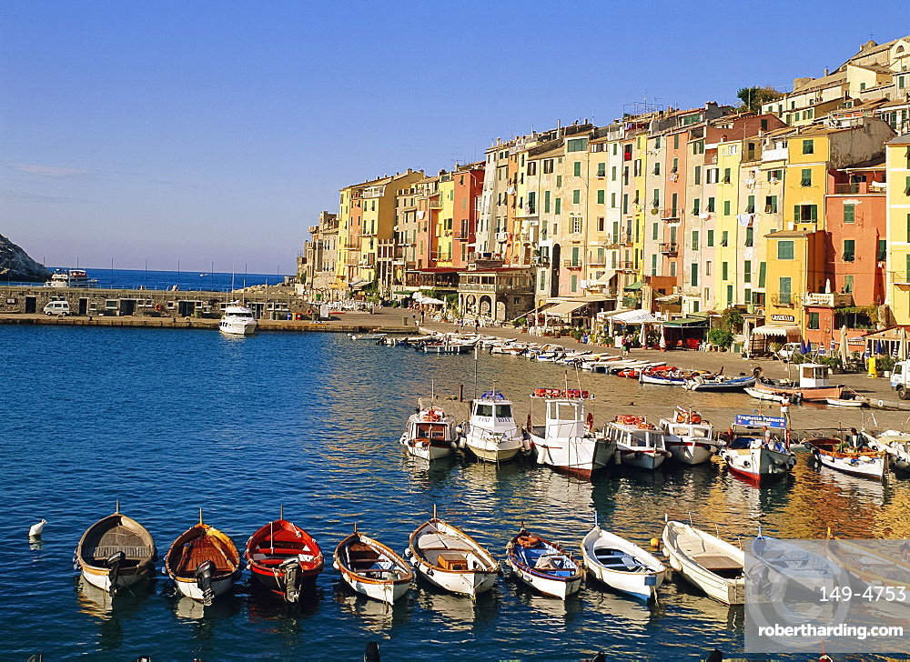 The harbour at Portovenere, Liguria, Italy *** Local Caption ***