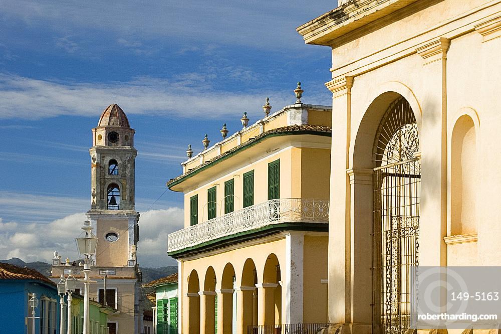 Iglesia y Covento de San Francisco and the Palacio Brunet, now Museo Romanitico, Trinidad, UNESCO World Heritage Site, Cuba, West Indies, Central America