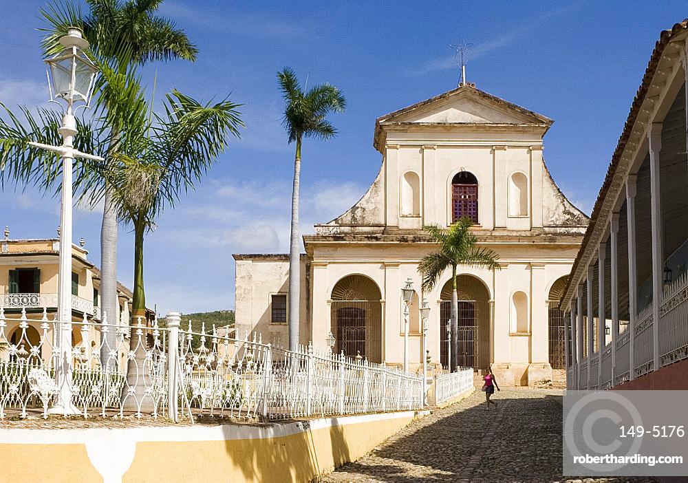 The Iglesia Parroquial de la Santisima Trinidad (Holy Trinity Church), Plaza Mayor, Trinidad, UNESCO World Heritage site, Cuba, West Indies, Central America