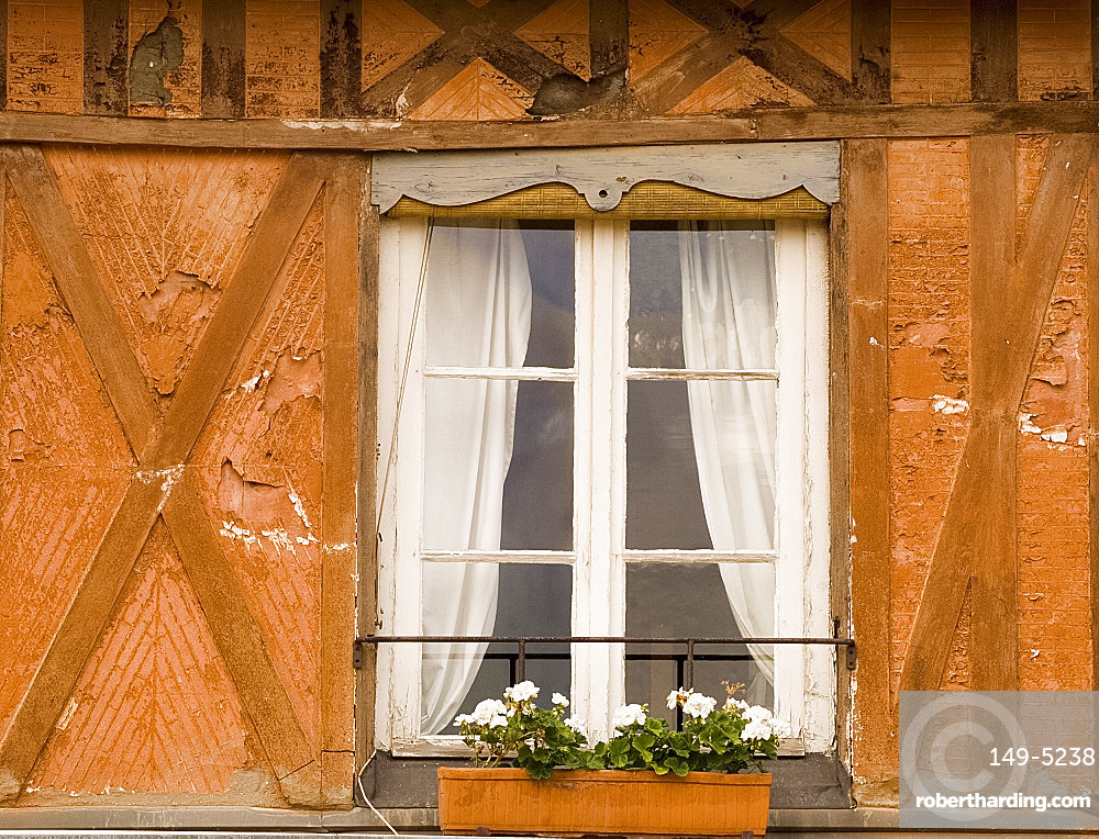 Half timbered house in Beaumont en Auge, Pays d'Auge, Normandy, France, Europe