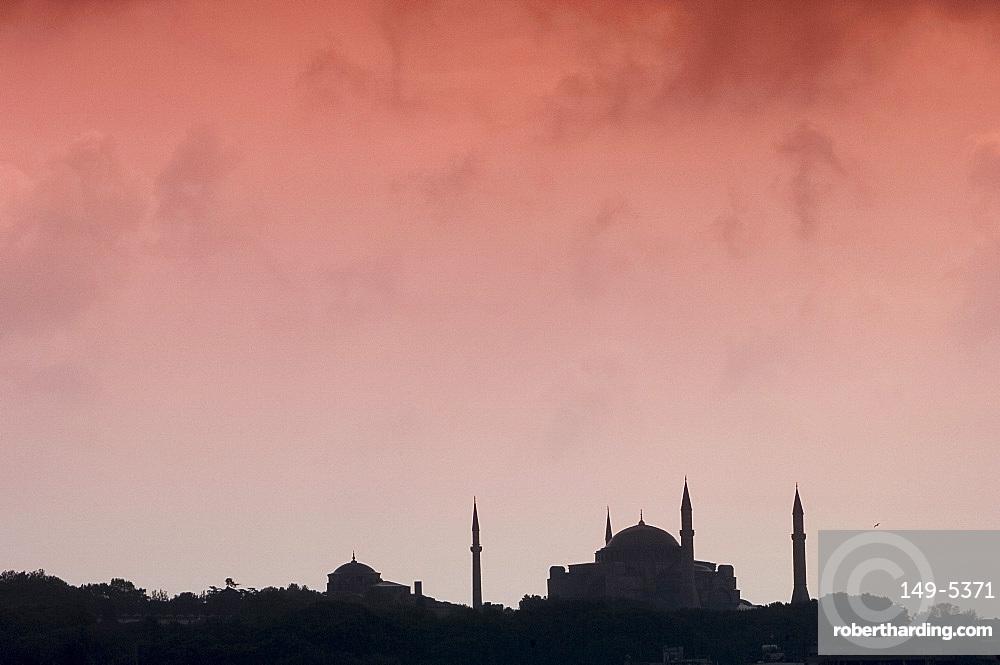 The Istanbul skyline including the Haghia Sofia (Aya Sofya), UNESCO World Heritage Site, Istanbul, Turkey, Europe, Eurasia