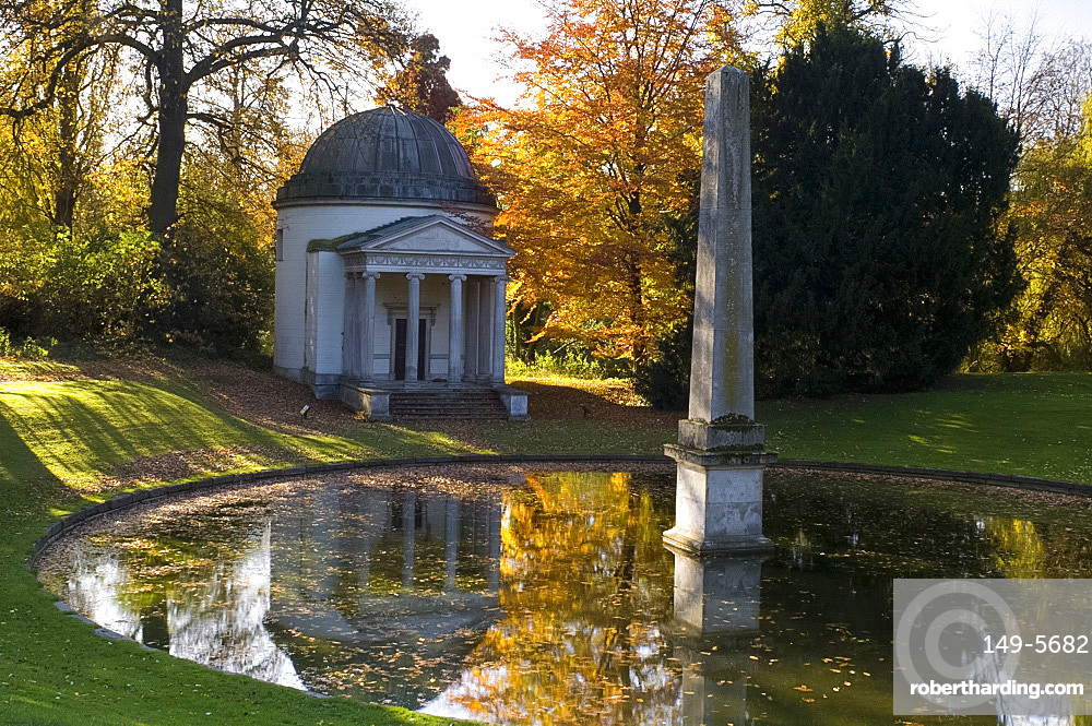 The Ionic temple, obelisk and reflecting pool at Chiswick House in West London, England, United Kingdom, Europe