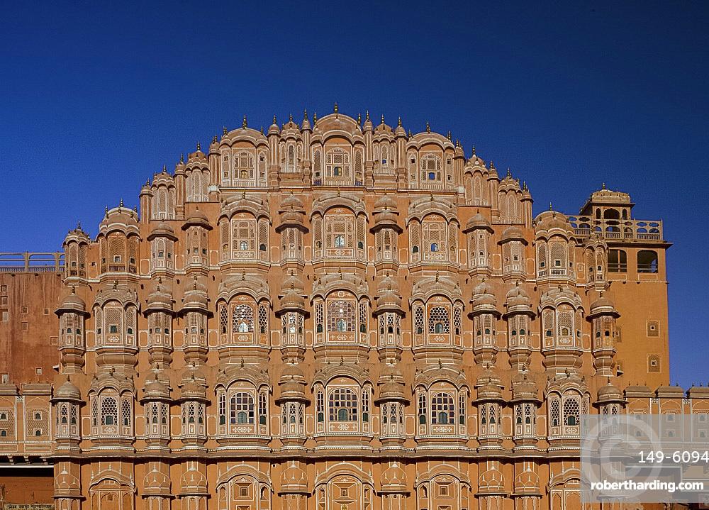 The Hawa Mahal (Palace of the Winds), Jaipur, Rajasthan, India, Asia