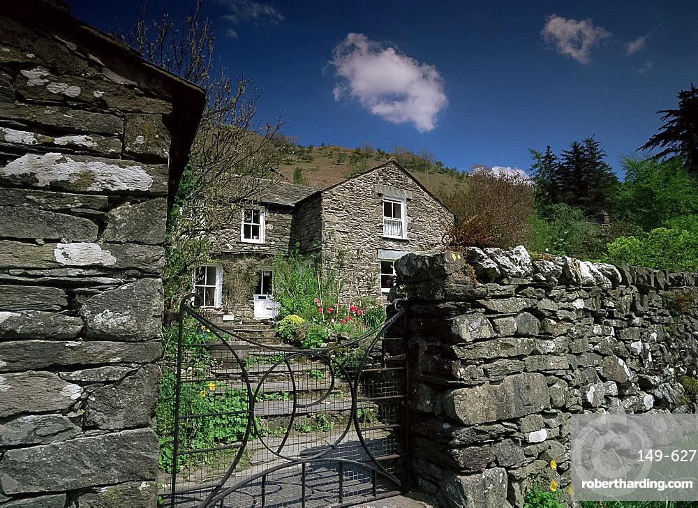 Old stone house and walls, Hartsop, Cumbria, England, United Kingdom, Europe