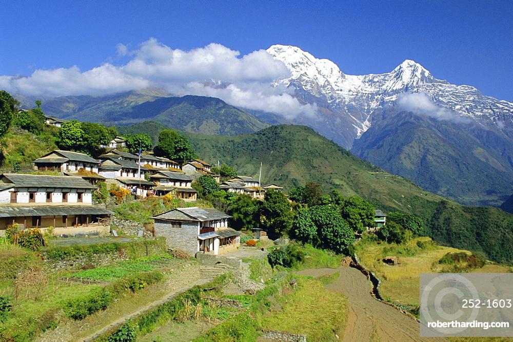 Annapurna South 7219m, Gandruk Village, Annapurnas, Nepal