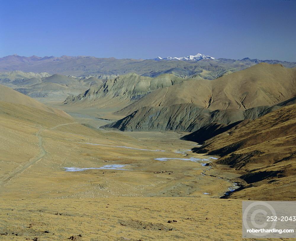 Approach to Mount Everest, Tingri, Tibet, China, Asia