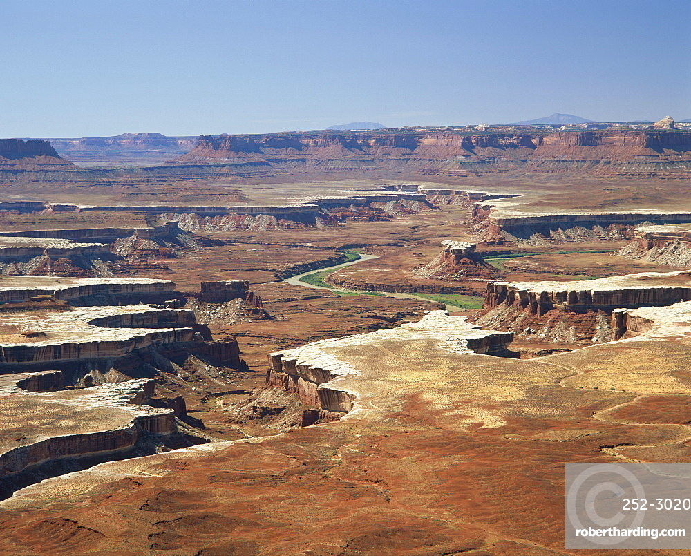Landscape with Green River in the Island in the Sky District of the Canyonlands National Park, in Utah, USA *** Local Caption ***