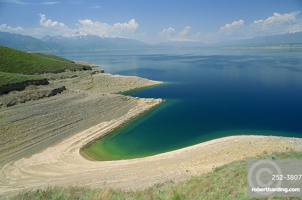 Tokogul Reservoir on the Naryn River, Kirghizstan, Central Asia, Asia