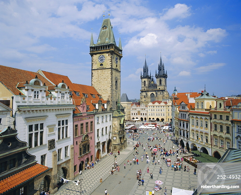 Stare Mesto Square towards gothic Tyn Church and Town Hall, Prague, Czech Republic, Europe