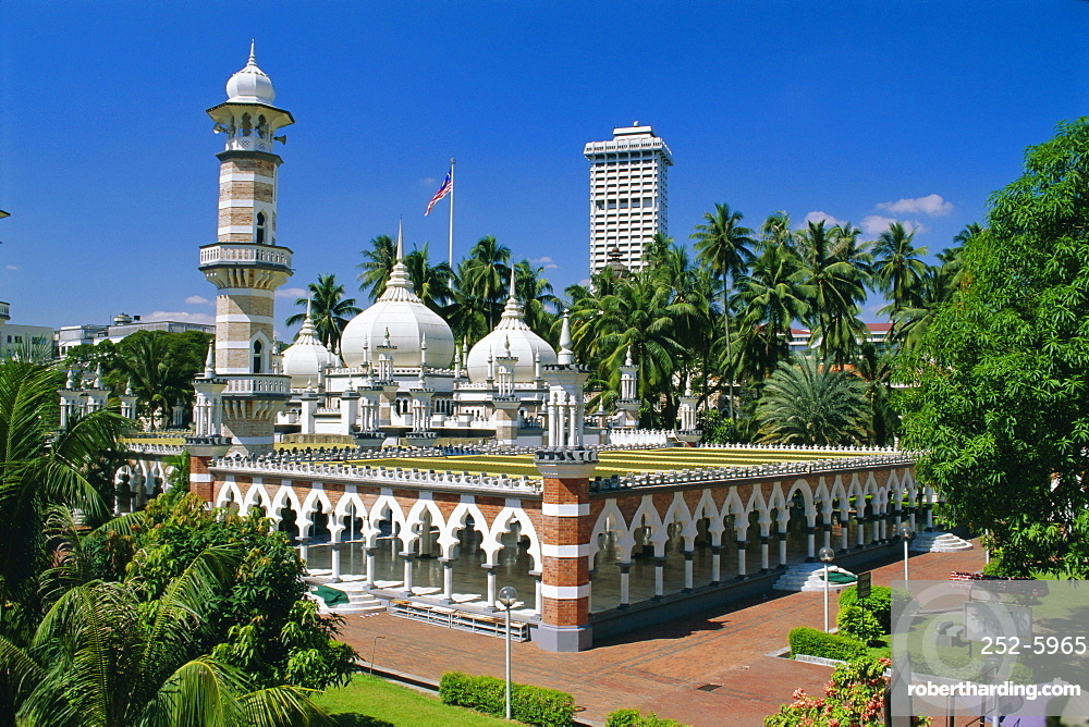 Masjid Jamek (Friday Mosque) built in 1909 near Merdeka Square, Kuala Lumpur, Malaysia