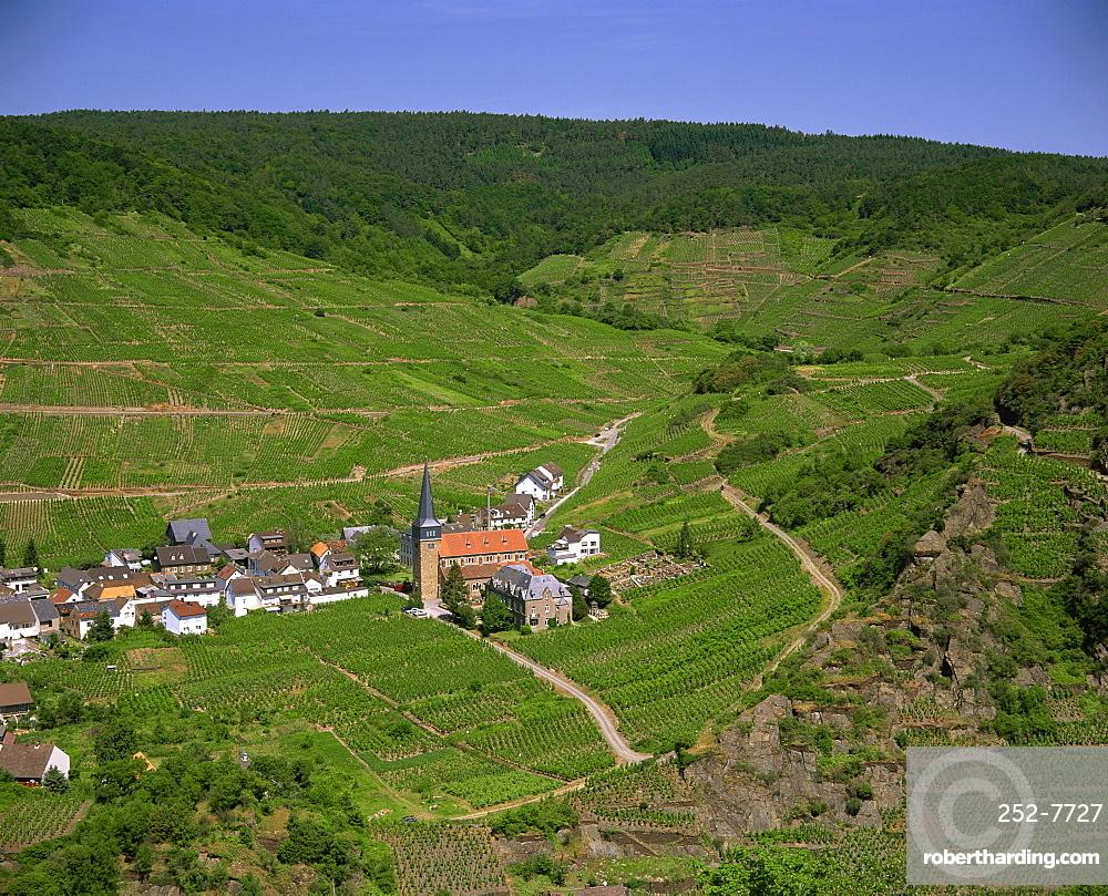 Ahr River Valley, Rhineland Palatinate, Germany, Europe