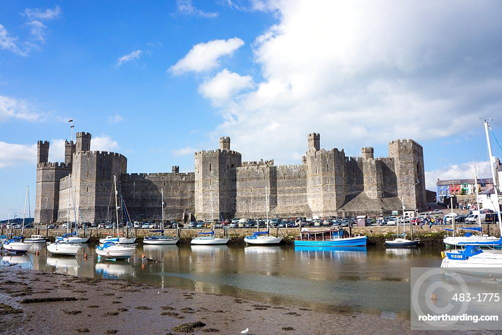 Caernarfon Castle, UNESCO World Heritage Site, Wales, United Kingdom, Europe