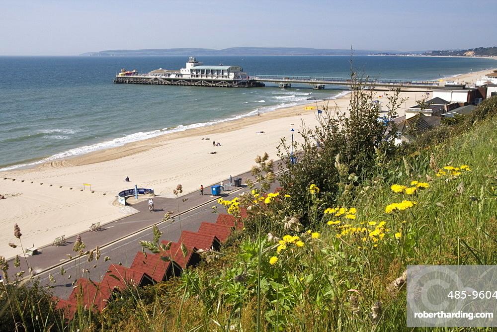 Bournemouth Pier and beach, Poole Bay, Dorset, England, United Kingdom, Europe