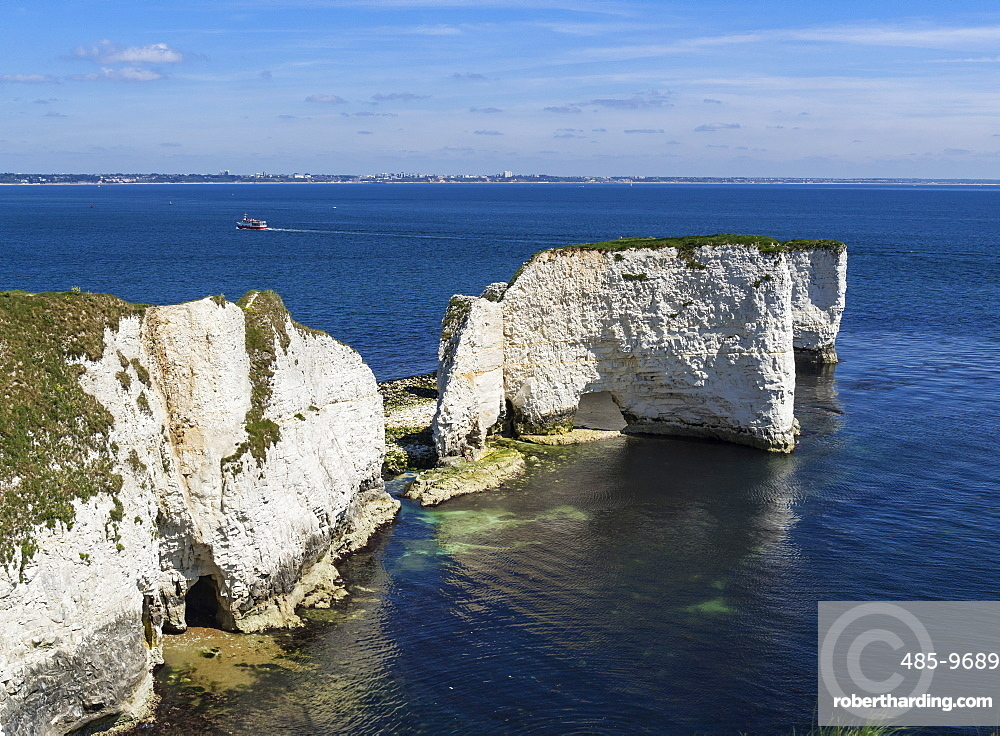 Old Harry Rocks at The Foreland (Handfast Point), Poole Harbour, Isle of Purbeck, Jurassic Coast, UNESCO World Heritage Site, Dorset, England, United Kingdom, Europe