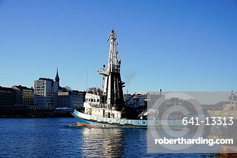 View on the harbour with trawler, Bergen, Hordaland, Norway, Scandinavia, Europe