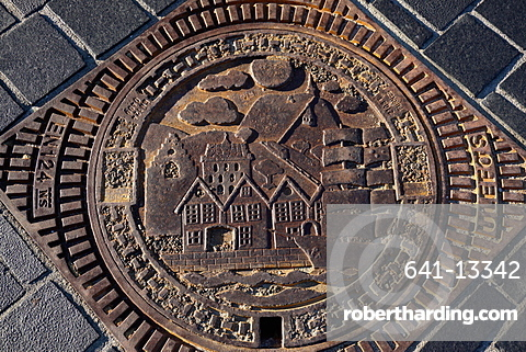 Decorative manhole cover, Bergen, Norway, Hordaland, Norway, Scandinavia, Europe