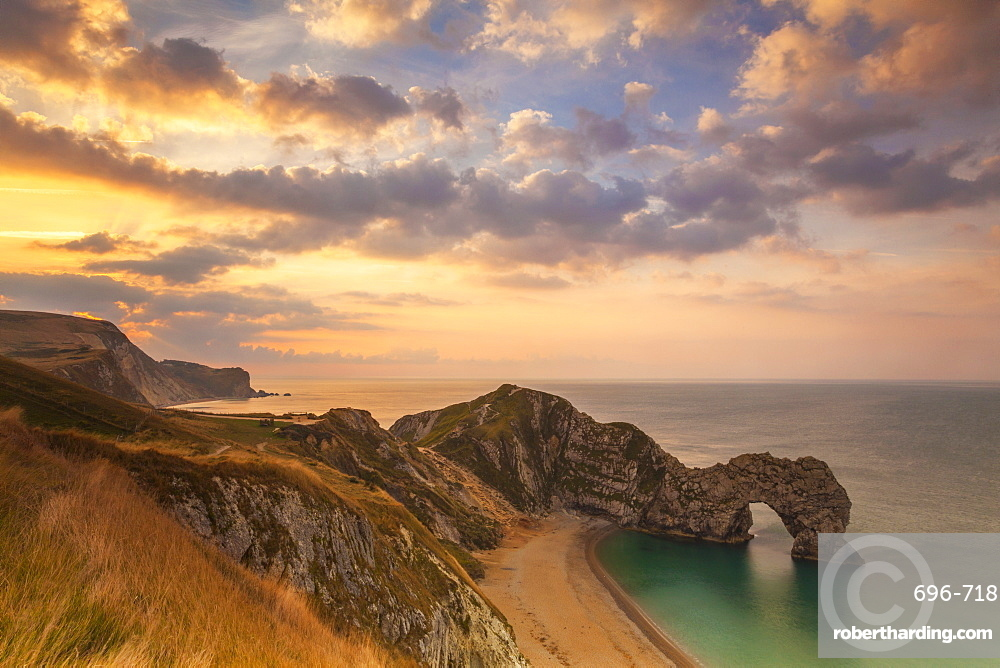 Durdle Door, Lulworth Cove, Jurassic Coast, UNESCO World Heritage Site, Dorset, England, United Kingdom, Europe