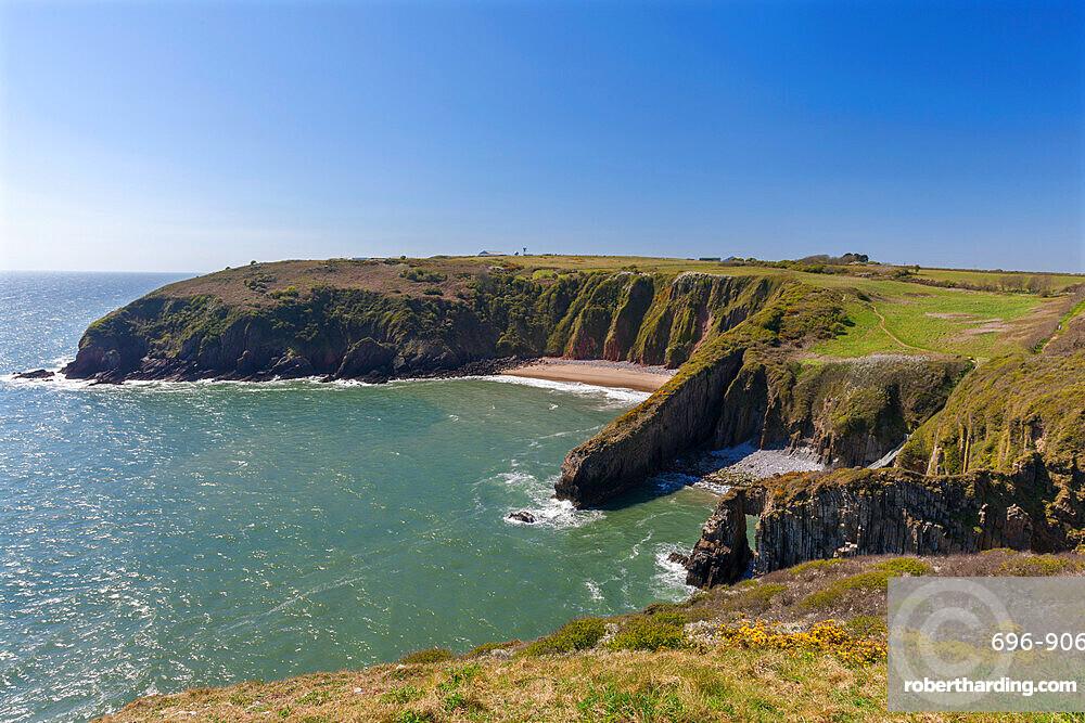 Church Doors Cove, Skrinkle Haven, Pembrokeshire Coast, Wales, United Kingdom, Europe